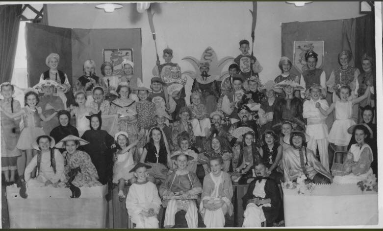 Christmas play - Aladdin 1957